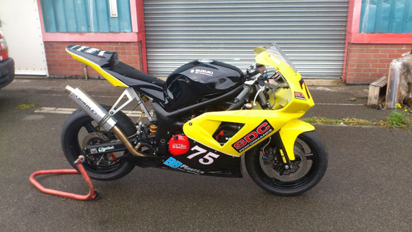 SV650 minitwin race bike