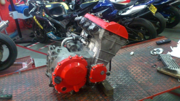 ZXR400 engine finished